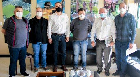 Nucleovet apresenta ações e eventos que promove à Prefeitura de Chapecó